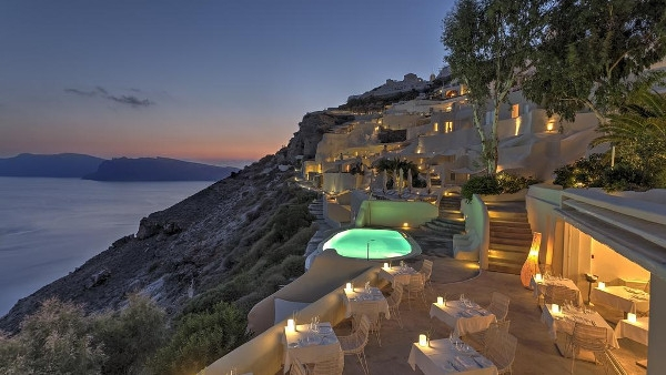 Oia Luxury Suites & Houses Santorini - Mystique Suites & Villas