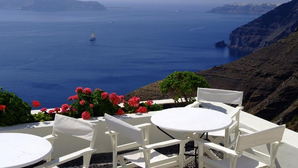 Fira Santorini Apartments Studios - Enigma Apartments & Suites