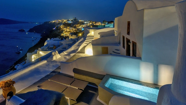 Santorini Apartments & Villa in Oia - Ianthe Apartments & Villa